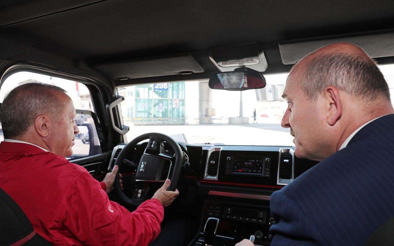 Cumhurbaşkanı Erdoğan, yerli pikap aracını kullandı