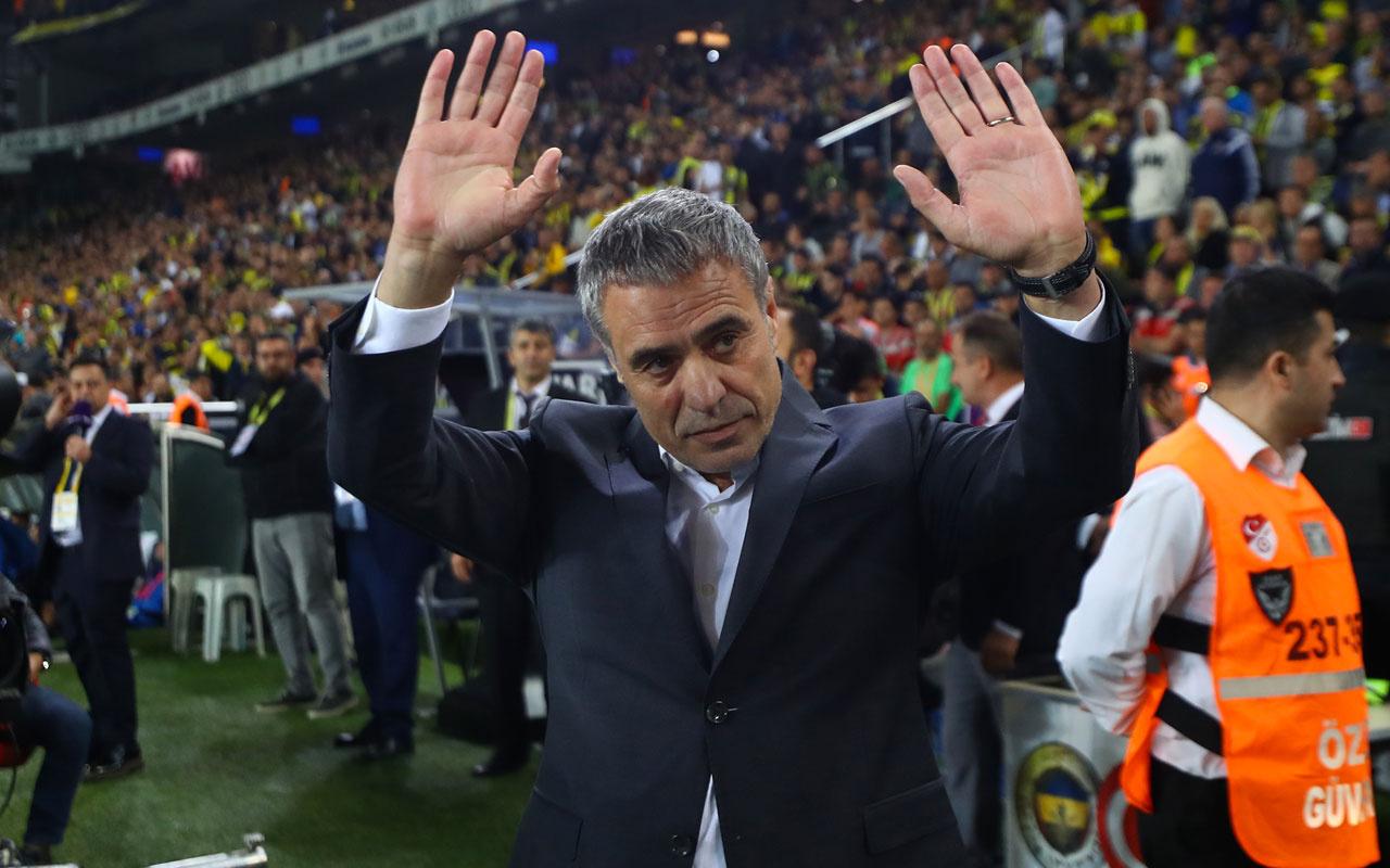 Fenerbahçe'de 4 yolcu Ersun Yanal biletlerini kesti