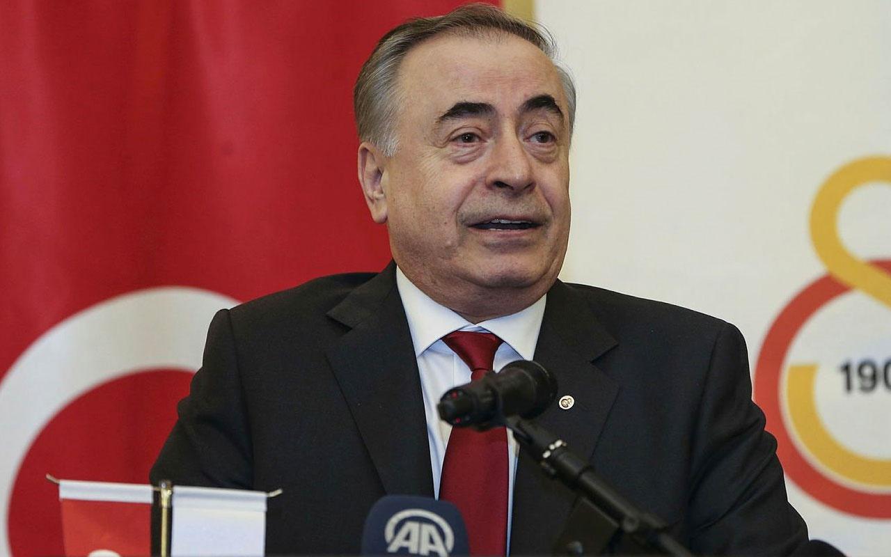GS TV'de Mustafa Cengiz'den canlı yayında büyük gaf: Göbeğim çıkıyor mu?