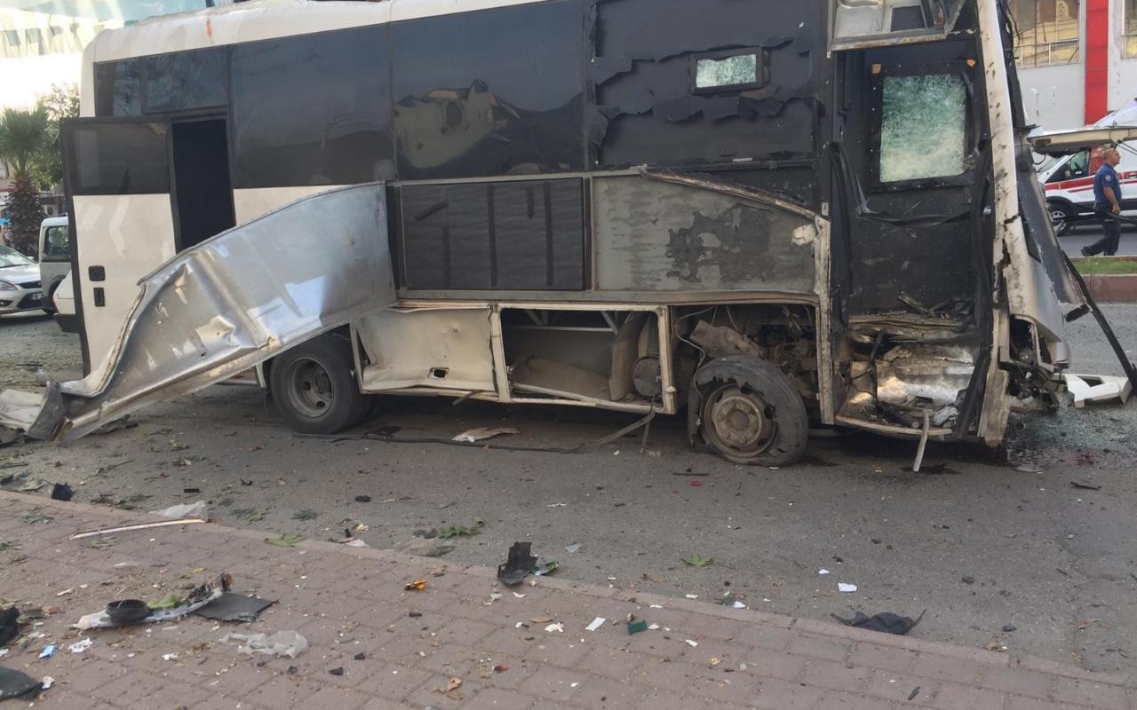 Adana Yüreğir'de polis servis aracına bombalı saldırı! Vali'den ilk açıklama