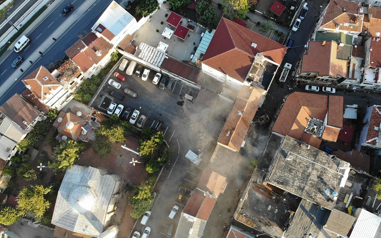 İstanbul Fatih'te zarar gören tarihi binalar yıkıldı