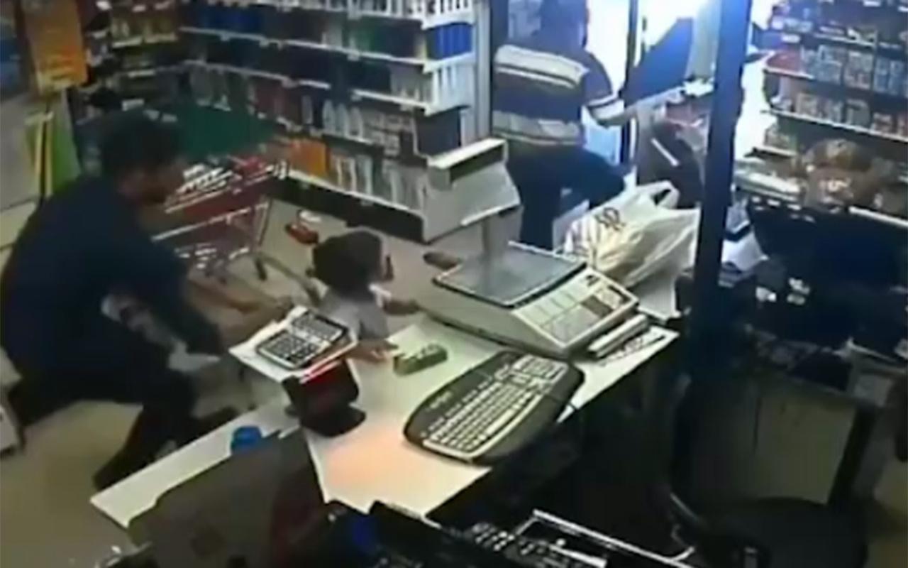İstanbul depreminde marketteki görüntü dillerde! Herkes helal olsun diyor