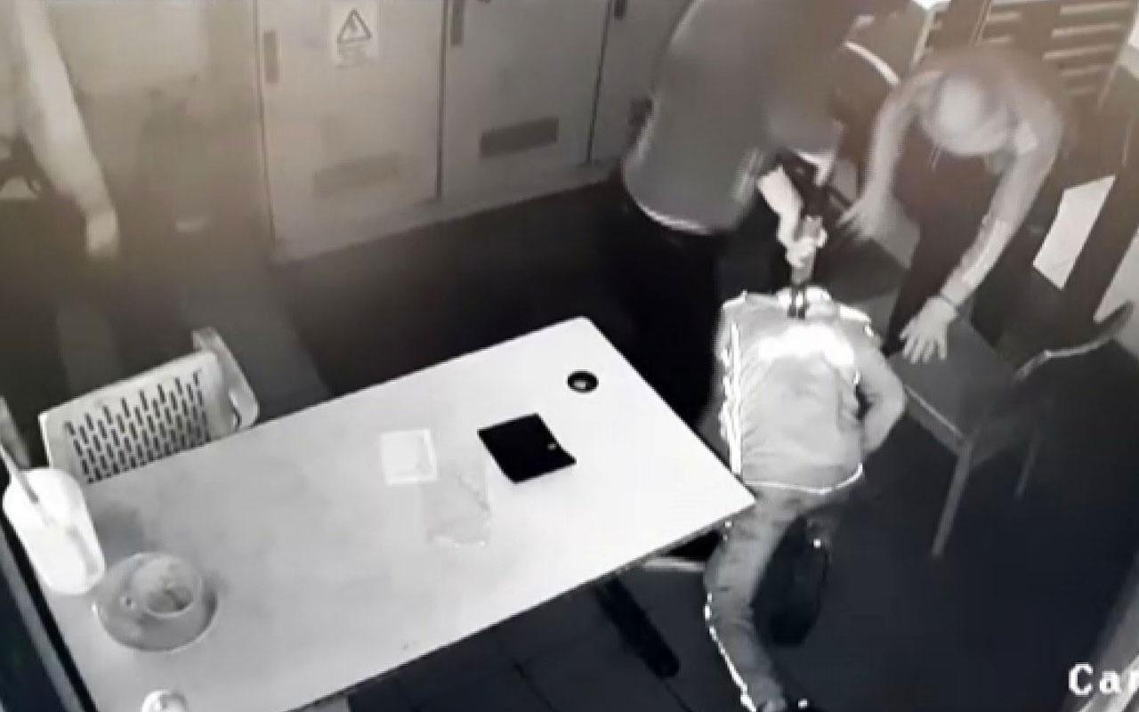 Jet hırsızlar, çaldıkları parayı bitiremeden yakalandı