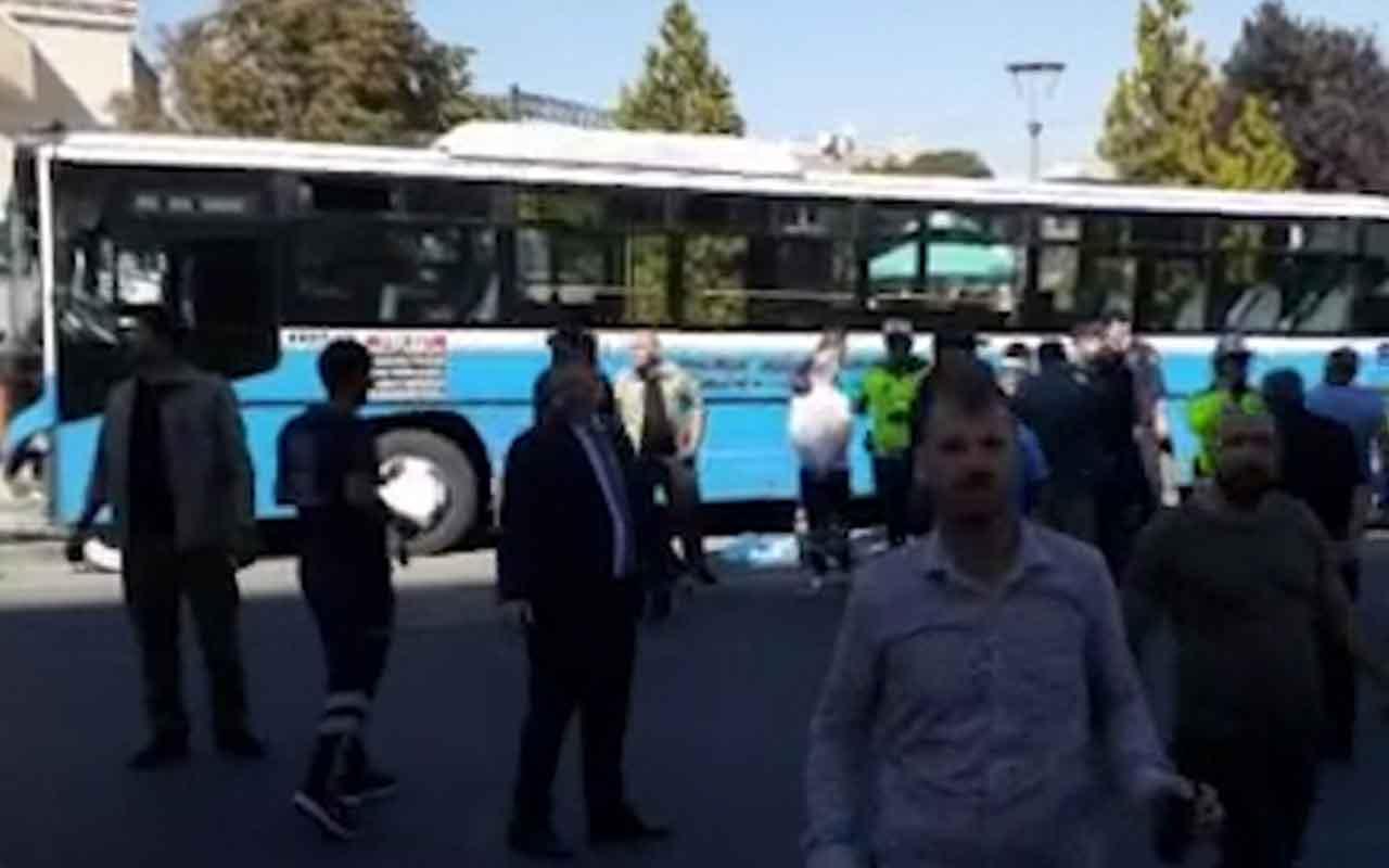 Ankara Mamak'ta Özel Halk Otobüsü yolcuların bulunduğu durağa girdi