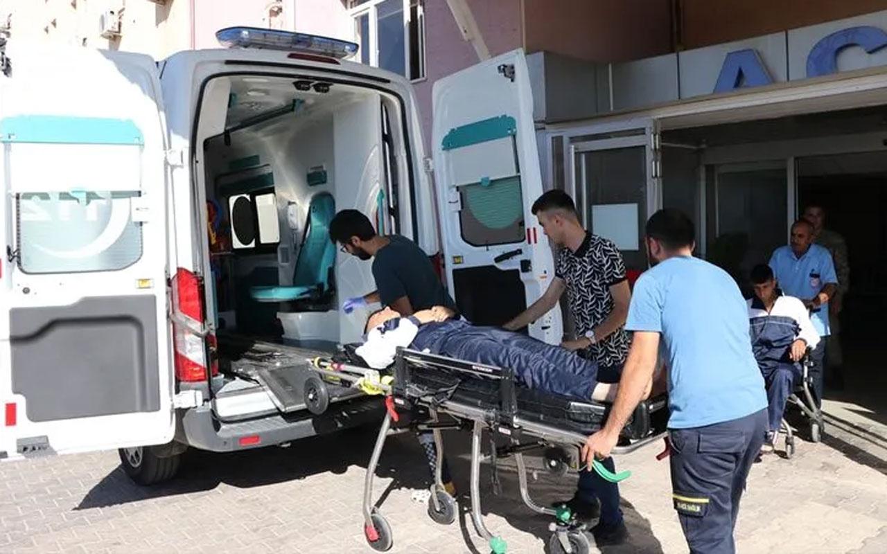 Gaziantep'te askeri araç şarampole uçtu!  2 asker yaralı