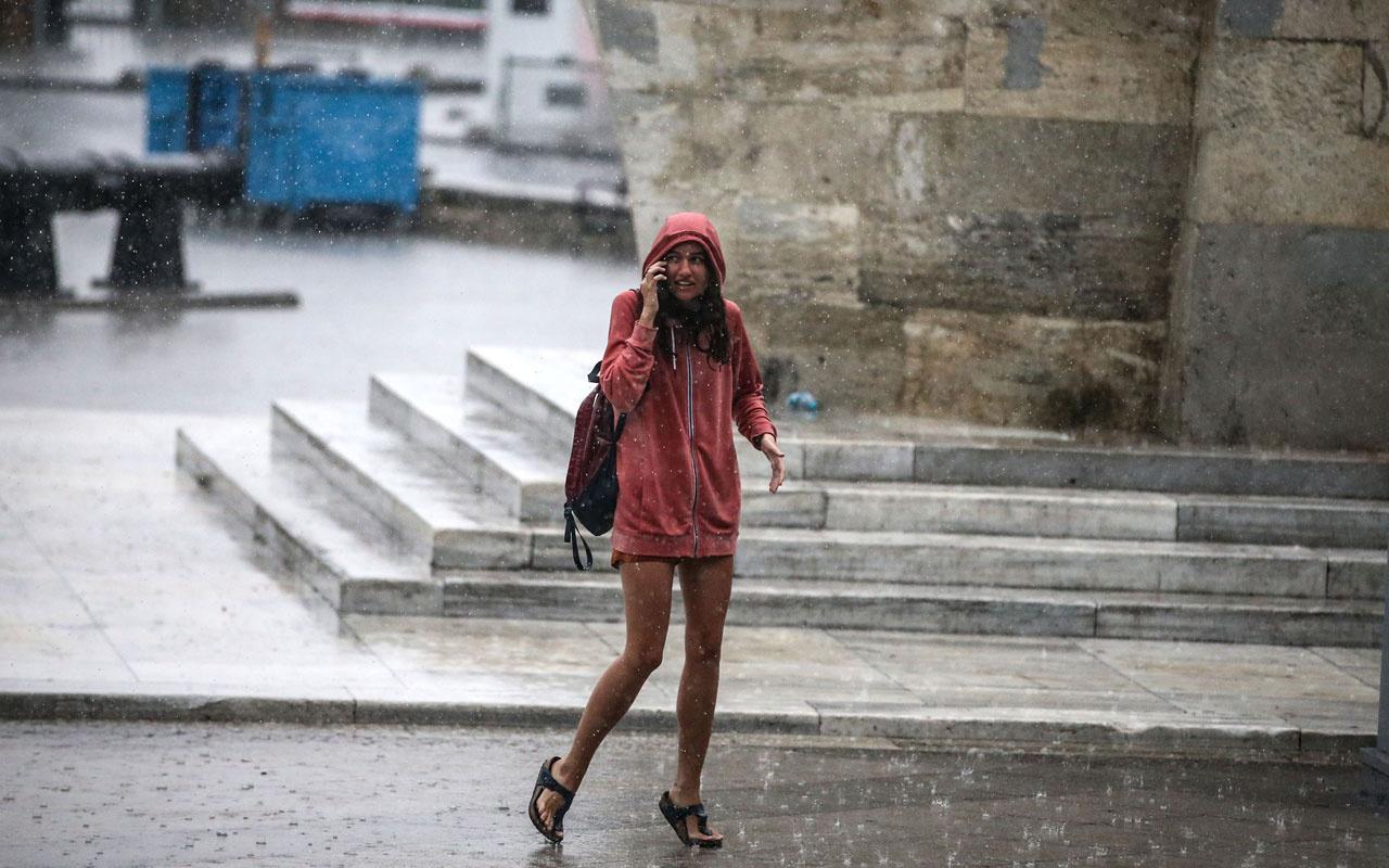 Efe yağmur hortum ve doluyla geldi! Meteoroloji uzmanı 20 bin şimşek çaktı diyor