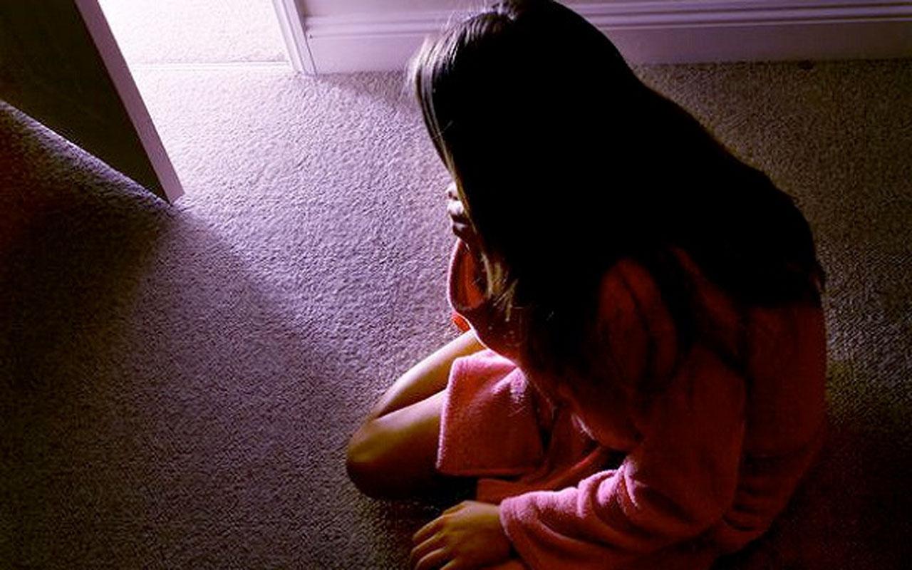 Küçük yaştaki kızlarla 1 saatlik cinsel ilişkiye muta nikahı kılıfı gizlice kaydedildiler