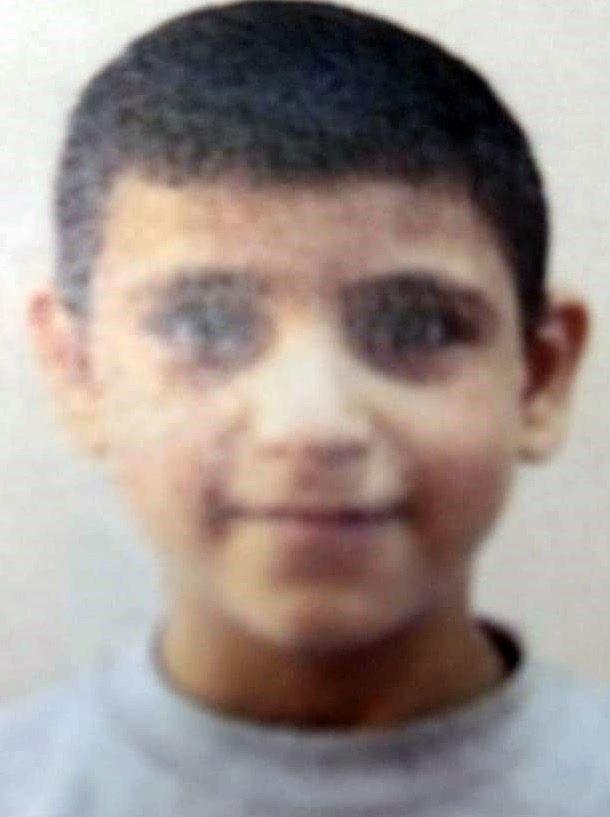 9 yaşındaki Suriyeli çocuk mezarlık kapısına kendisini astı