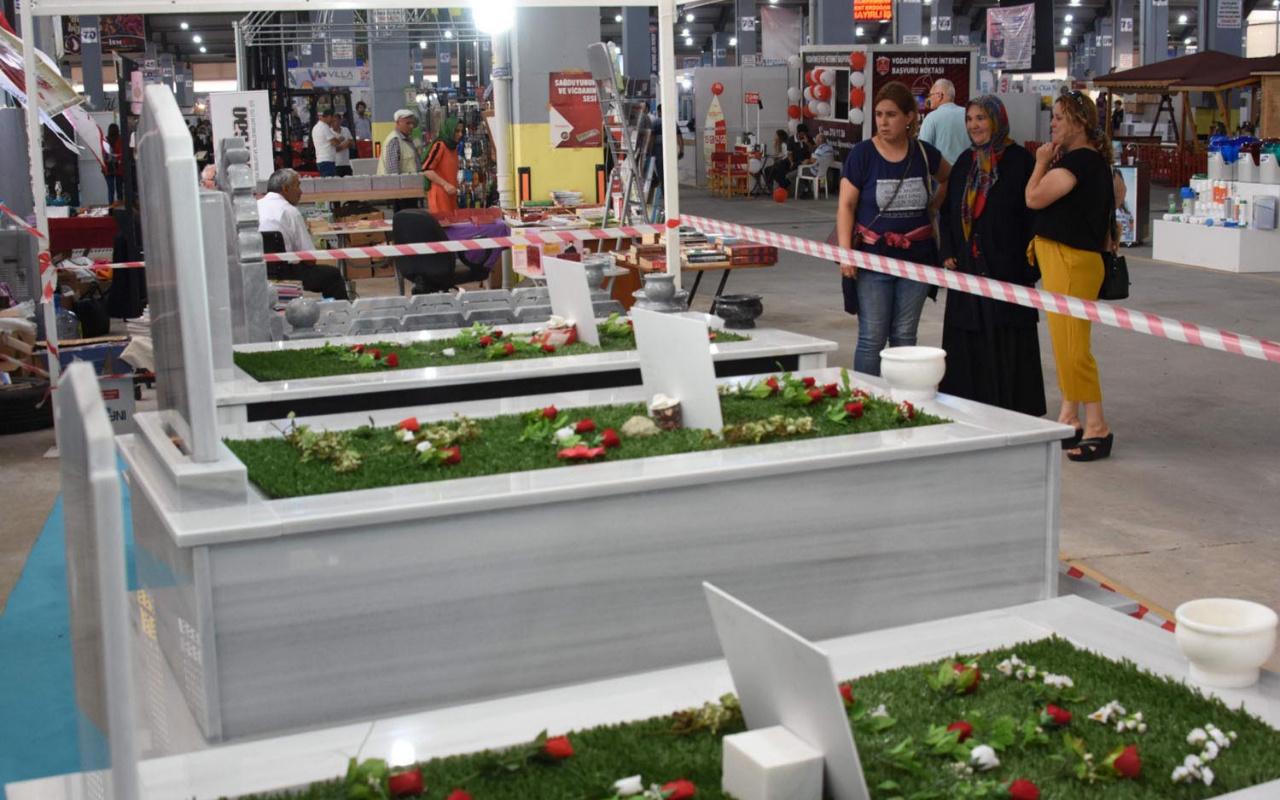 Çanakkale'de fuara özel indirimli mezarlar şaşırttı! 700 TL'den başlıyor