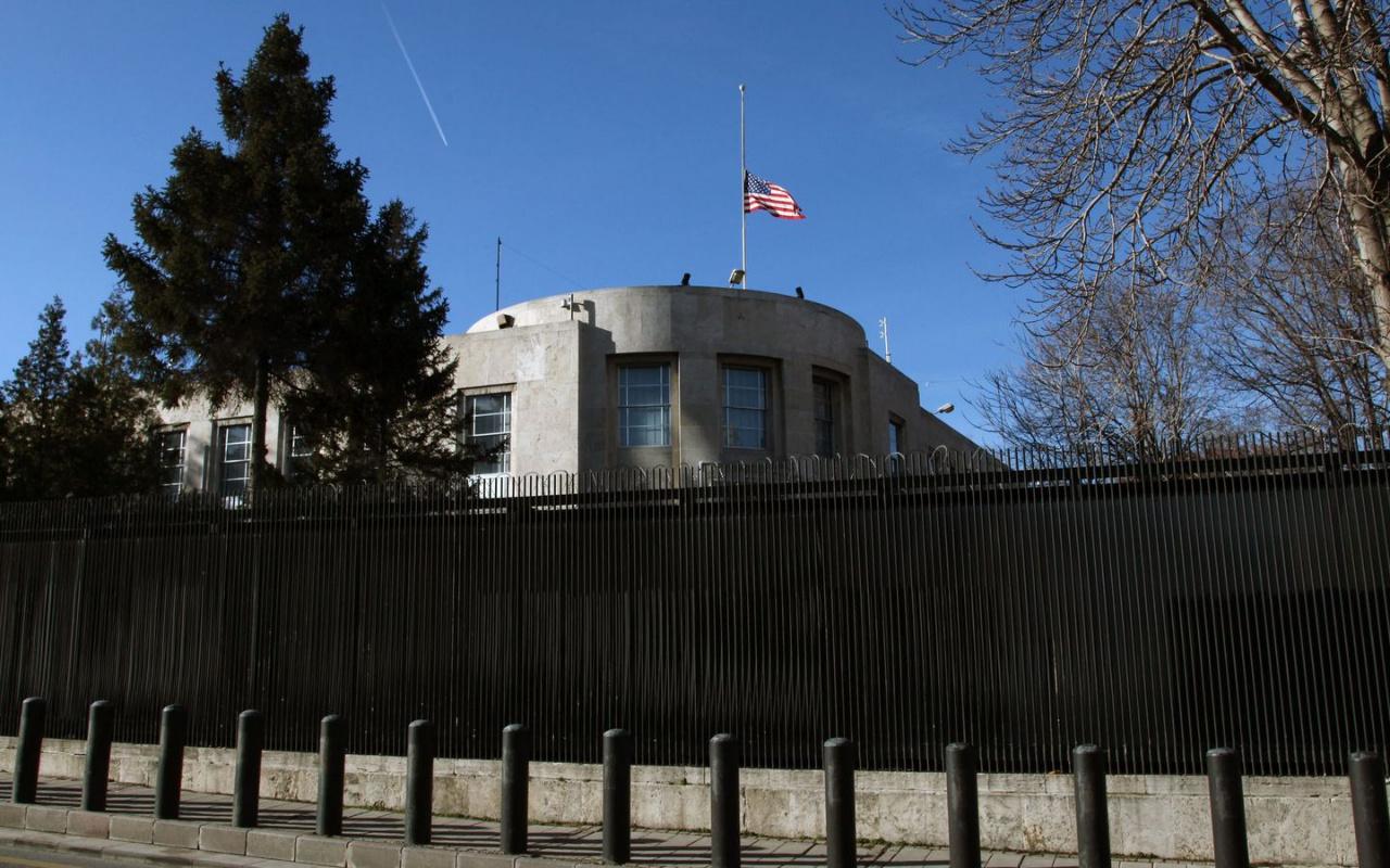 ABD Büyükelçiliği'nin hesabından FETÖ'cü hesabın twiti beğenildi! Türkiye'den tepki gecikmedi