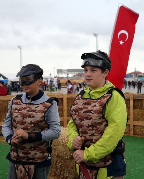 Erdoğan ve Albayrak'ın kıran kırana okçuluk mücadelesi