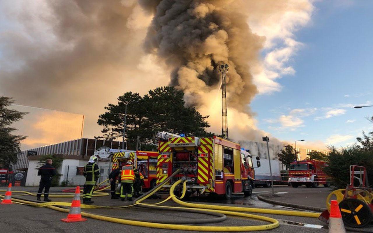 Fransa'da korkutan yangın