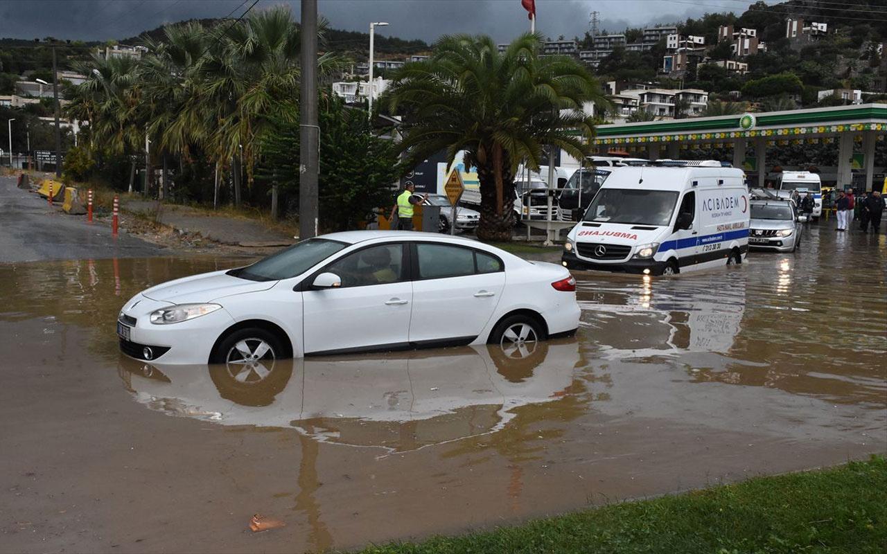 Bodrum'u sel vurdu! 5 yıldızlı otelleri su bastı