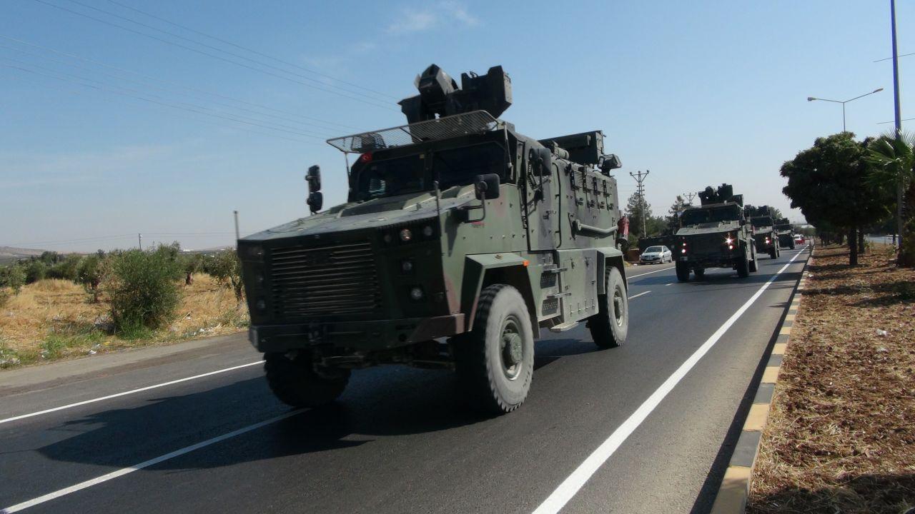 Suriye sınırında sevkiyat devam ediyor! 100 araçlık konvoy Kilis'te