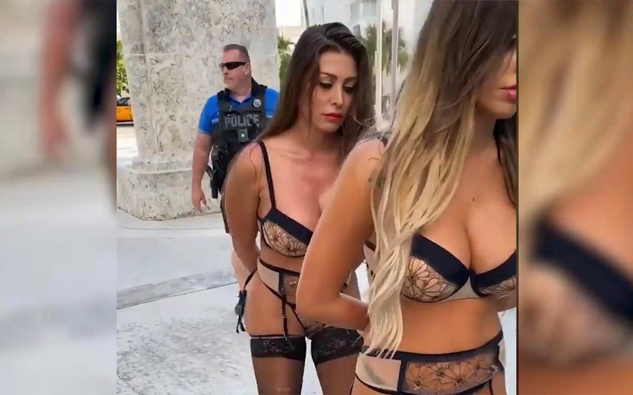 Playboy yıldızı Francia James polisin başını yaktı