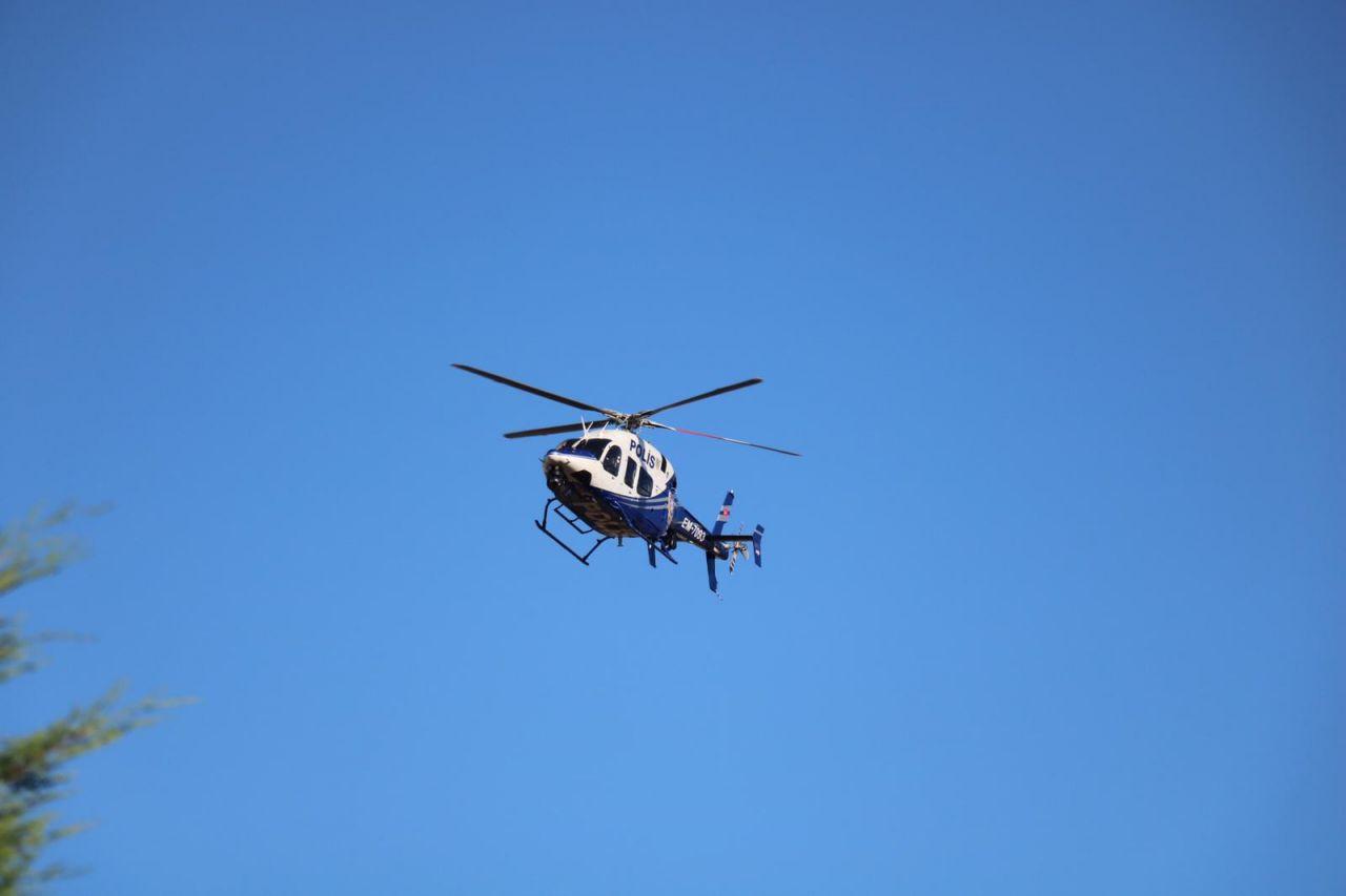 Pendik'te polis aracı içindeki şüpheli tarafından kaçırıldı!