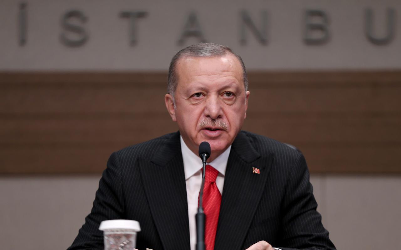 Erdoğan'dan Macron'a çağrısına sert tepki: O teröristlerle görüşüyor...