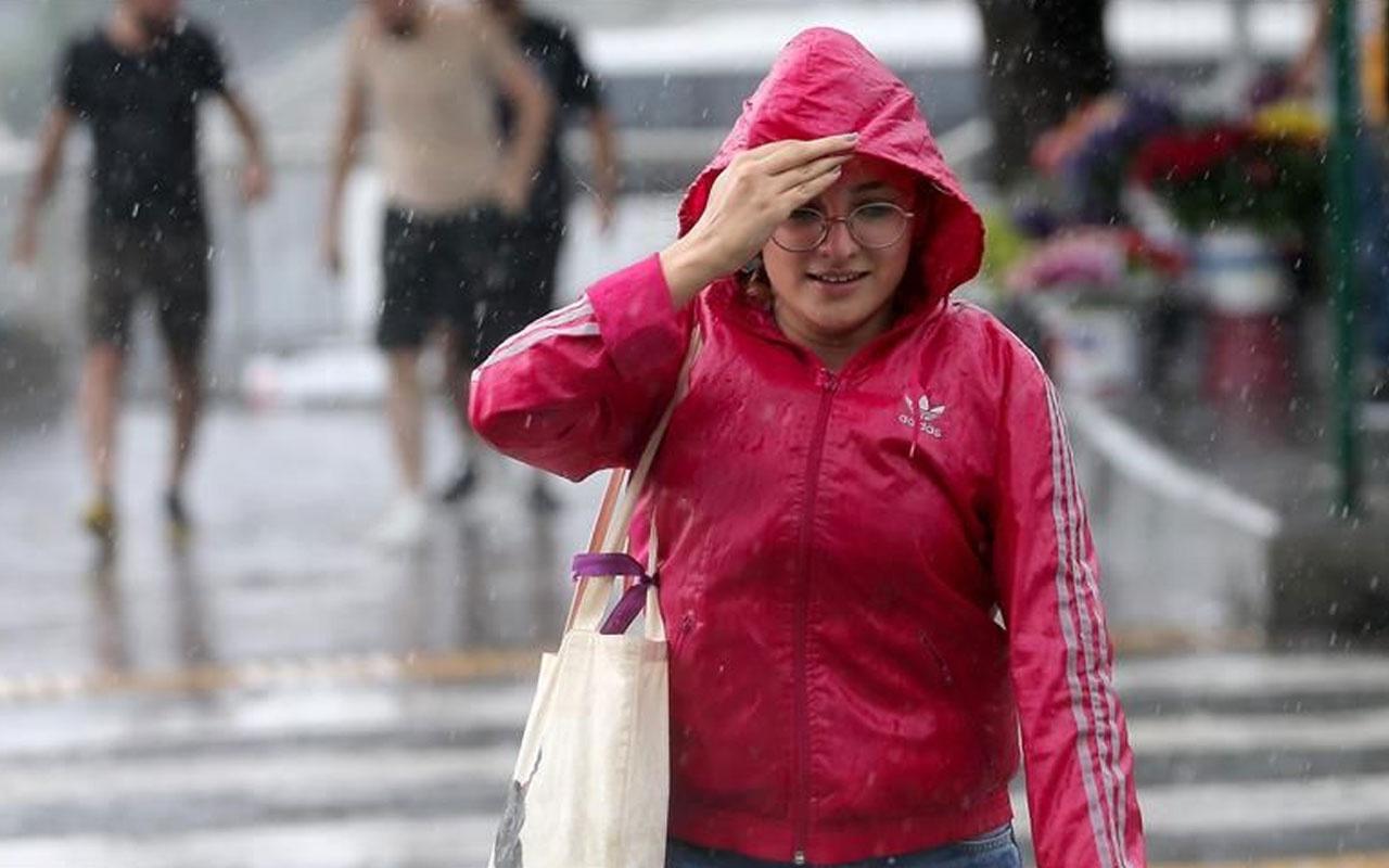 Meteoroloji saat verip İstanbul'u uyardı! Sağanak yağış etkili olacak