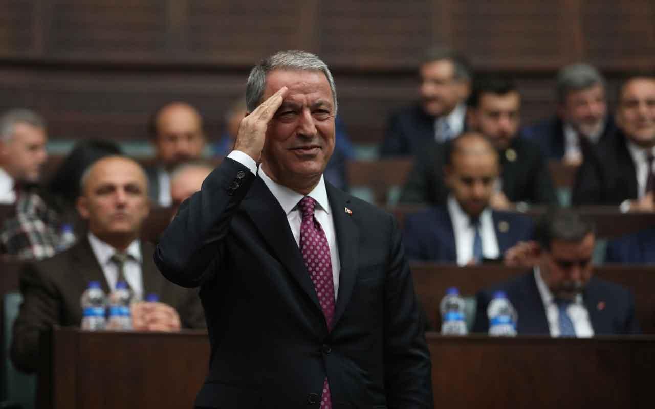 Hulusi Akar AK Parti grubunda asker selamı verdi