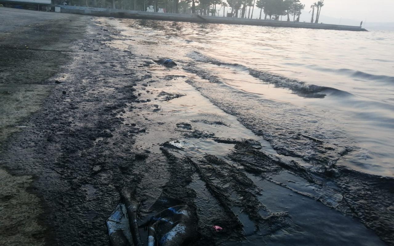 İzmir'de korkunç manzara! Giriş ve çıkışlar yasaklandı