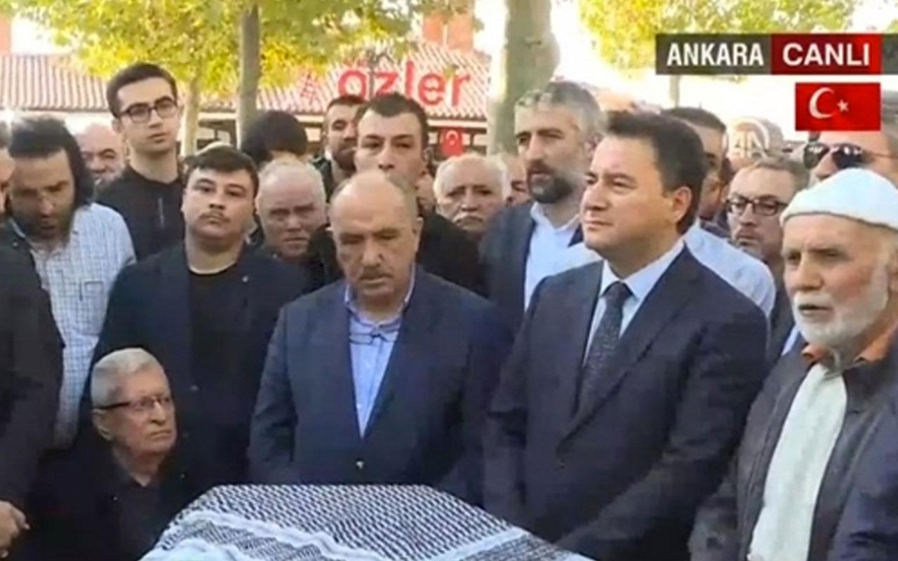 Yeni parti kurması beklenen Ali Babacan Nuri Pakdil'in cenaze merasiminde göründü