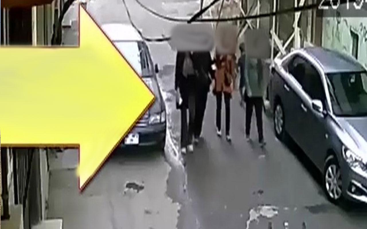 Ziynet eşyası çalan kadınlar güvenlik kamerasına yakalandı