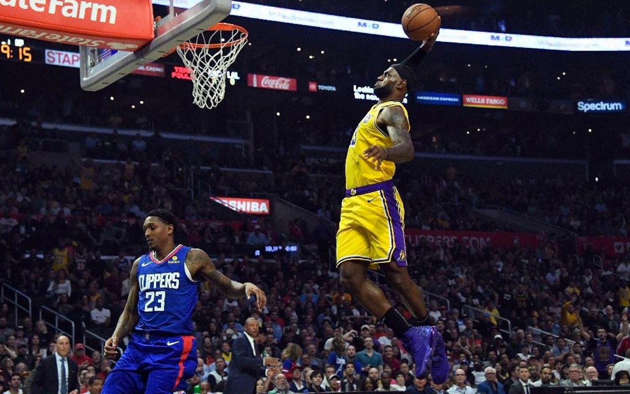 Los Angeles Lakers sezona mağlubiyetiyle başladı