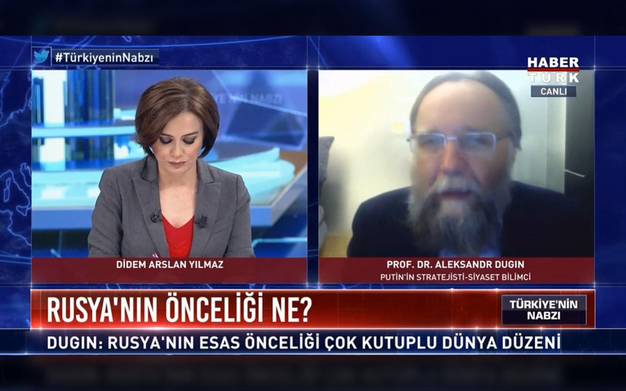 Putin'in sağ kolu konuştu: Erdoğan harika politika yürütüyor