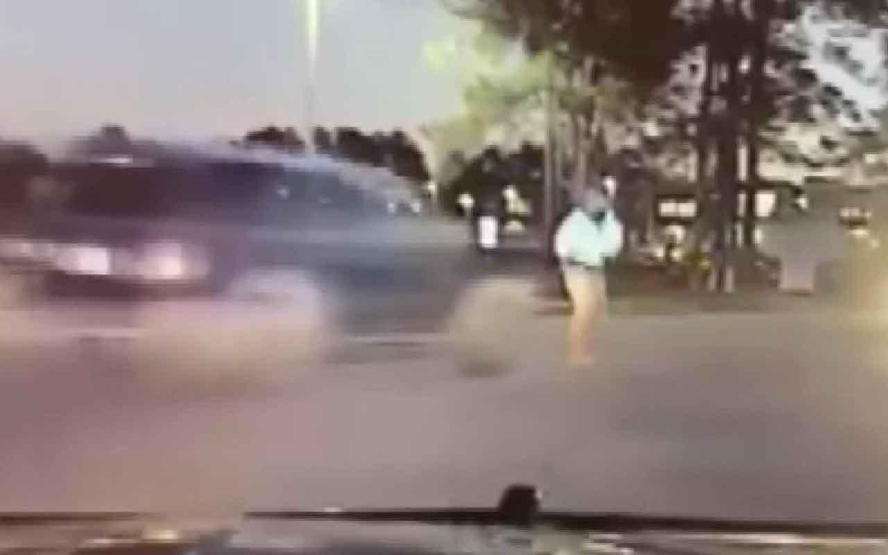 ABD'de bir cip trafik polisine böyle çarptı