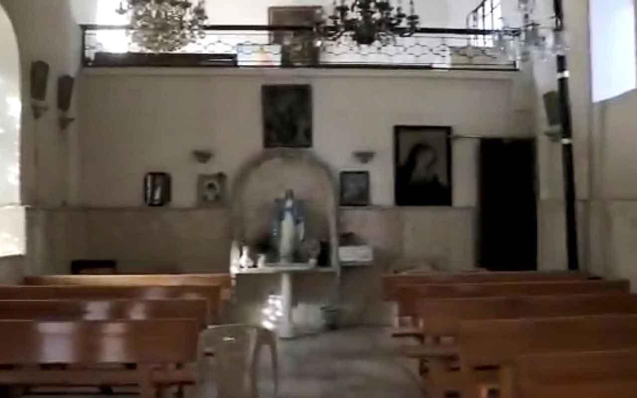 SMO Resulayn'da patlayıcılardan temizlediği kiliseyi Hristiyanlara teslim etti