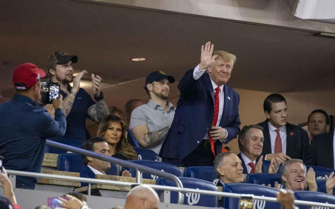 Maça giden ABD Donald Trump şok oldu! Stat 'onu tutuklayın' diye inledi