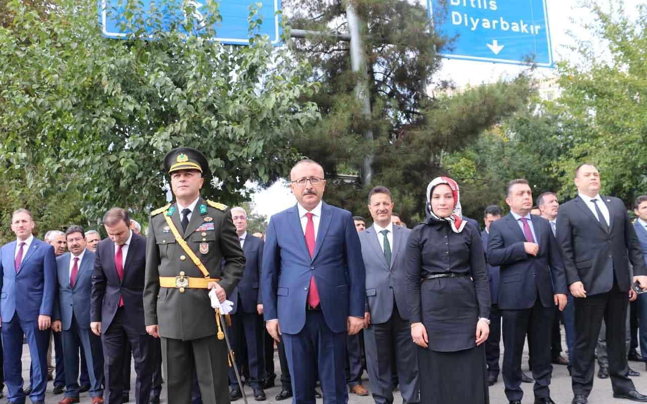 HDP'den Siirt'te  İstiklal Marşı'na protesto
