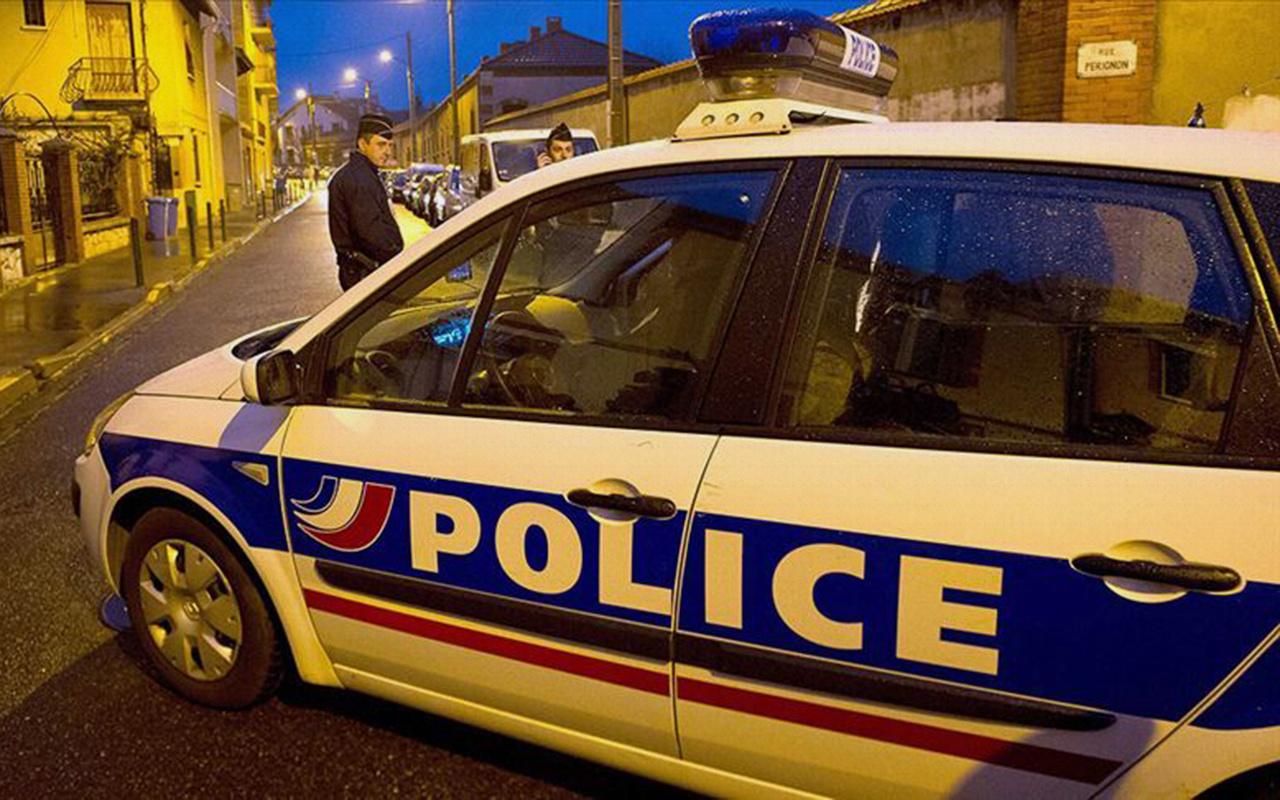 Fransa'da cami önünde silahlı saldırı 2 yaralı