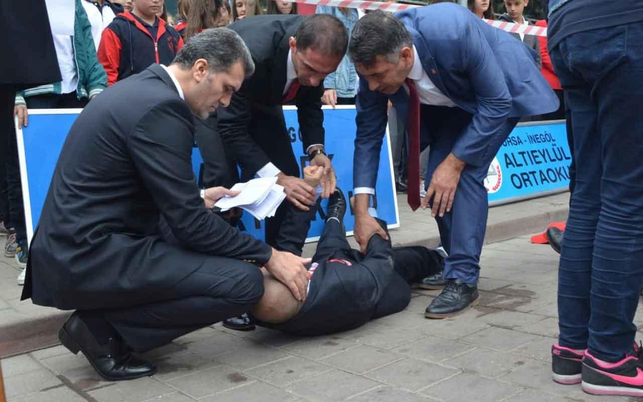 Bursa'da Cumhuriyet Bayramı töreninde şiir okumak için beklerken fenalaştı