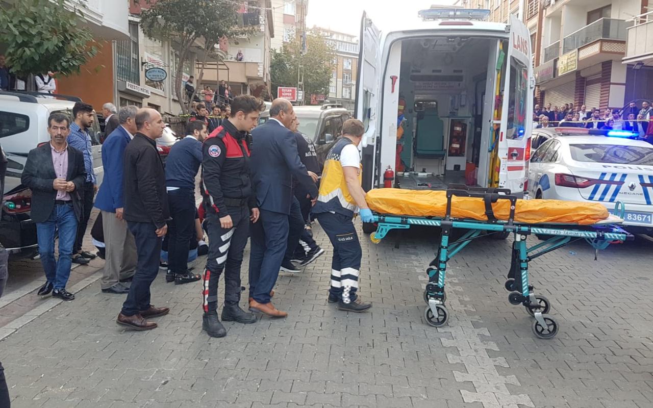 İstanbul Esenyurt'ta internet kafeye silahlı saldırı 5 yaralı