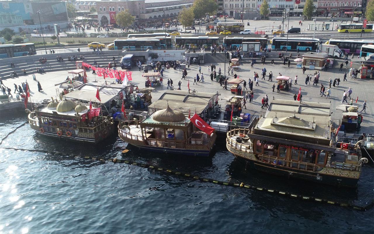 Eminönü'ndeki tekneler balık-ekmek satabilecek! Tahliye kararı kaldırıldı