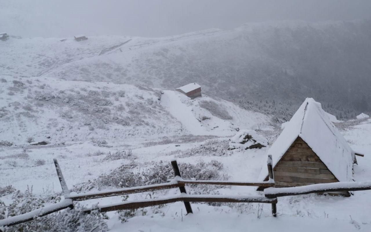 Kar yağışı erken başladı! Meteoroloji'den uyarılar üst üste geliyor