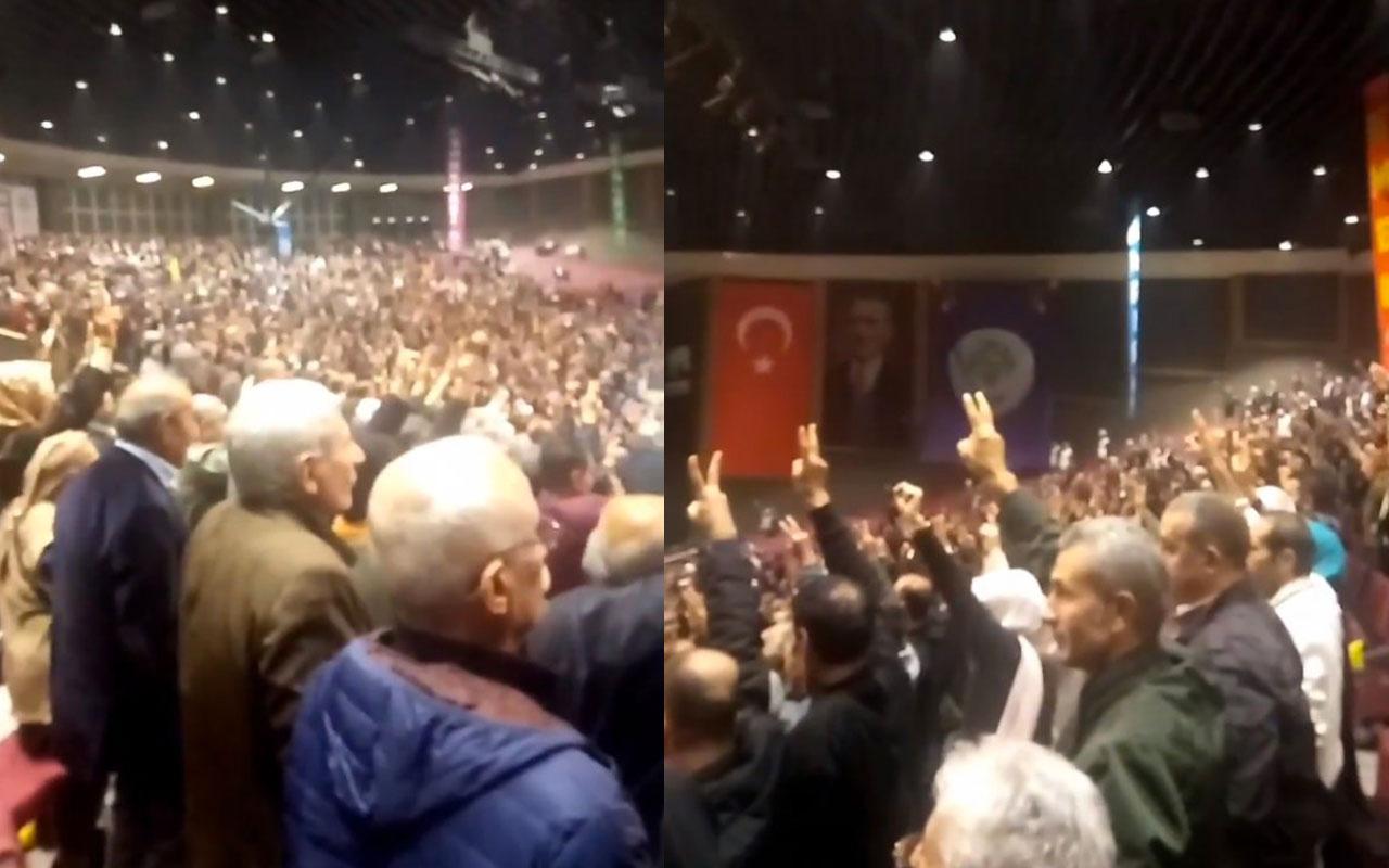 İstanbul'da HDP kongresinde PKK'ya saygı duruşu