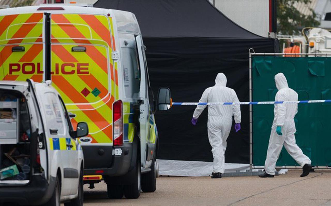 İngiltere'de TIR'ın arkasında ölü bulunan 39 kişiden ikisi 15 yaşında