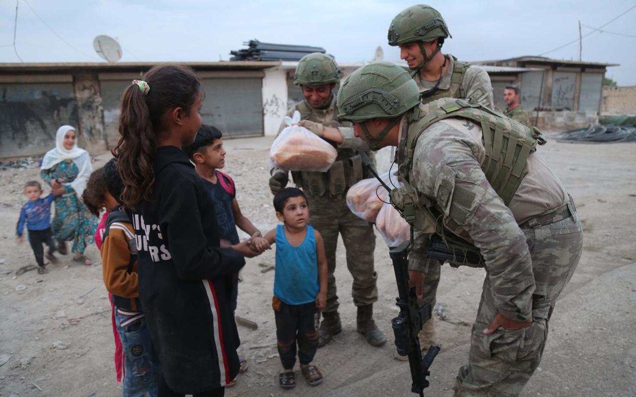 Teröristlerden temizlenen Tel Abyad ve Resulayn'a insani yardım
