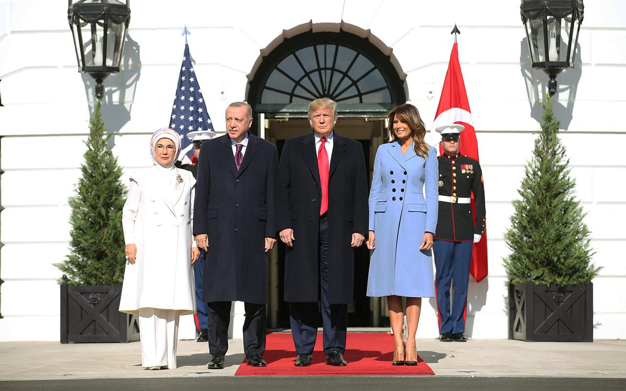 Trump, Erdoğan'ı resmi törenle karşıladı