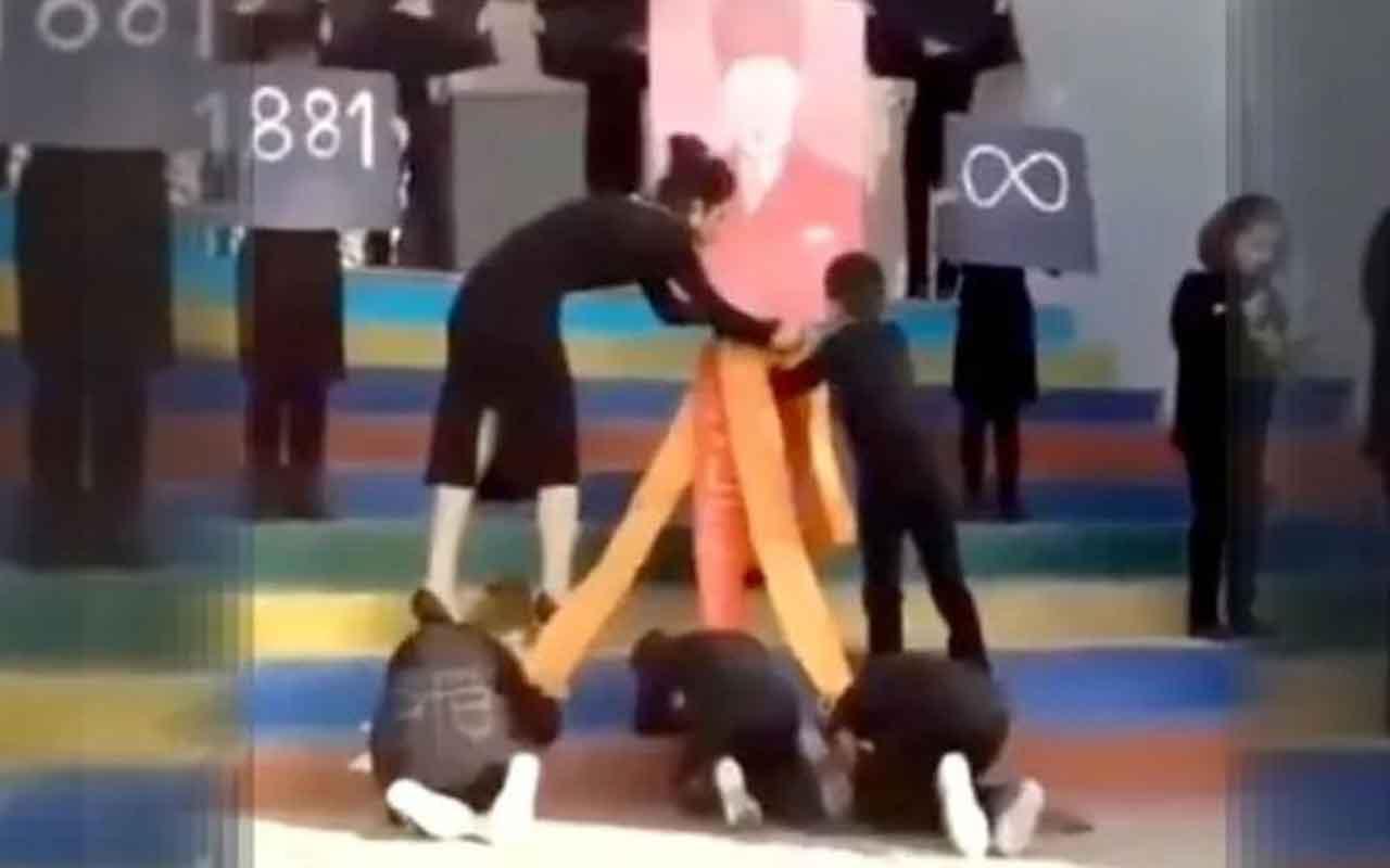Çocukları Atatürk posteri önünde secdeye yatırdılar! Görüntülere tepki yağdı