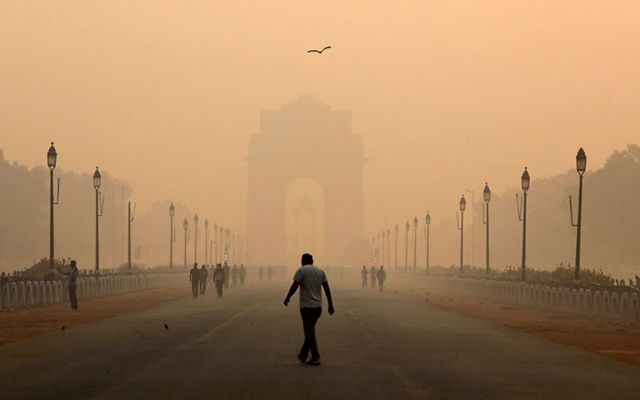Hindistan'da 15 dakika temiz hava 7 dolar
