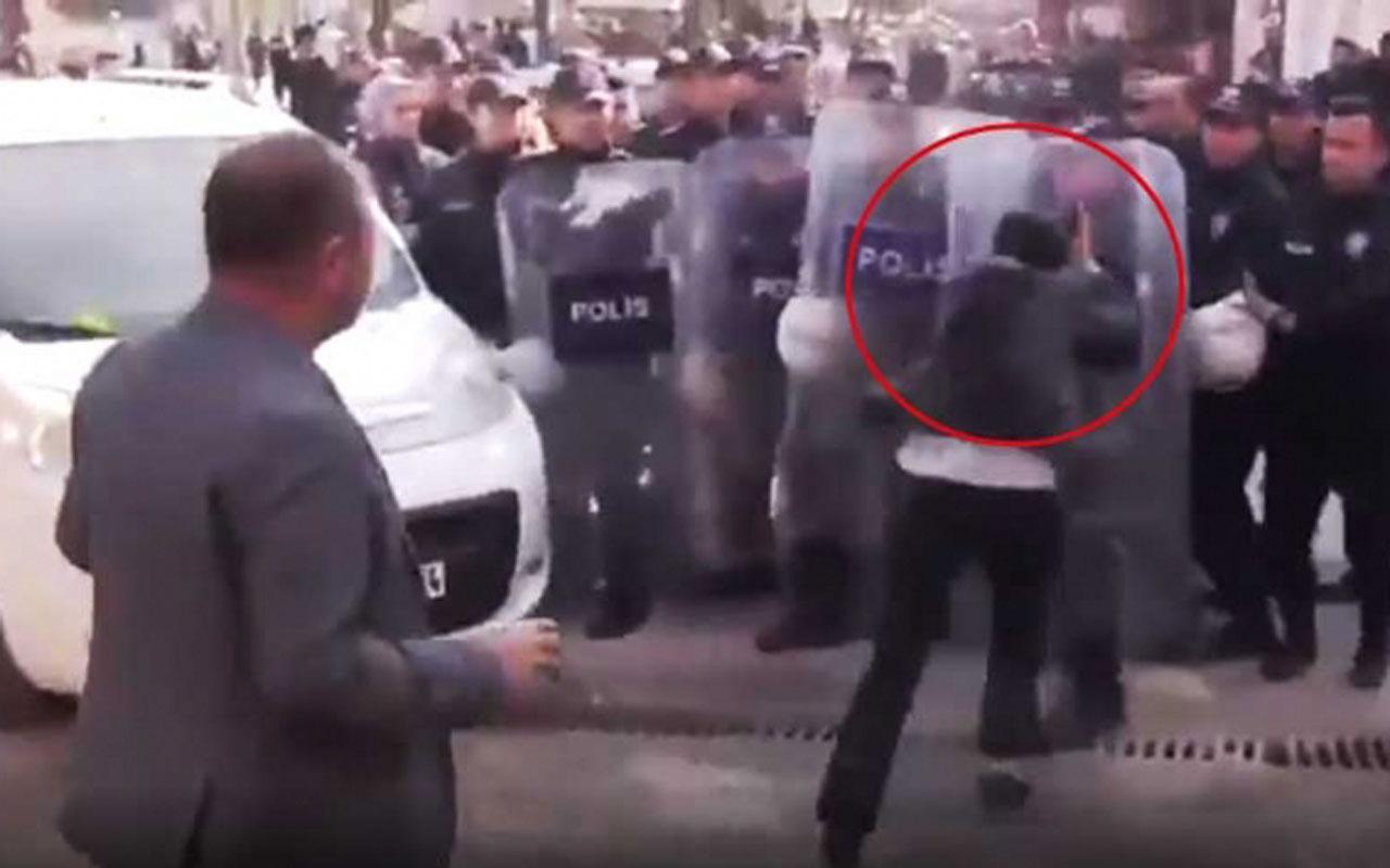 Polis kalkanına kafa atan HDP'li vekil sonrası bu görüntüler paylaşılıyor