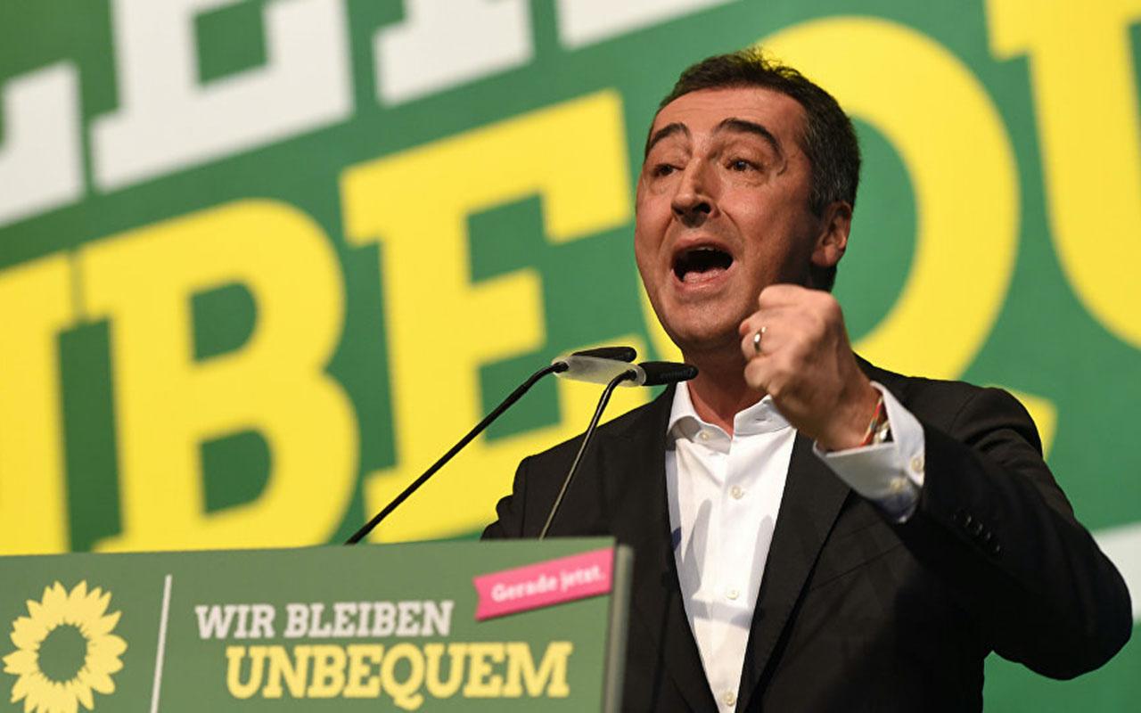Yeşiller Partisi'nden kriz çıkaracak 'Türkiye'ye yaptırım' önergesi