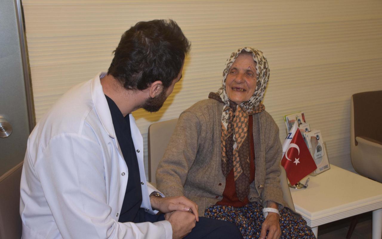 92 yaşındaki Hayriye nine 7 yıl sonra yeniden görüyor