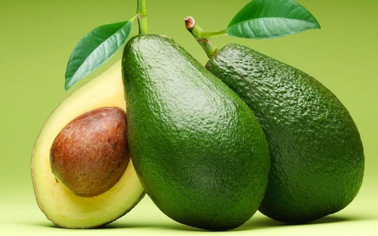 Avokado evde nasıl olgunlaştırılır yumuşatmak için 1 elmayı...