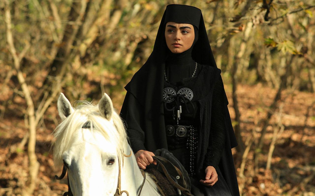Bala Hatun kim Osman Gazi'nin eşleri kaç tane ilk eşi kimdir?