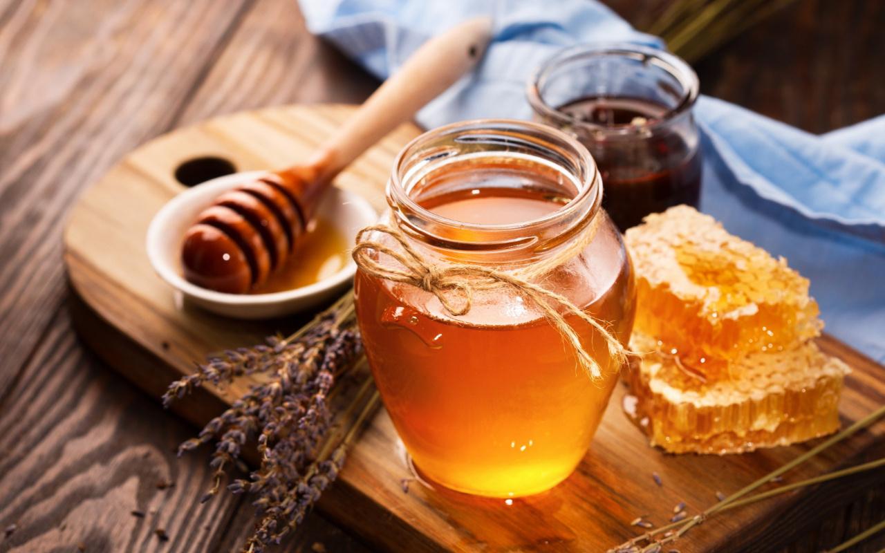 Bir tatlı kaşığı balda kaç kalori vardır? Kalorisi nasıl hesaplanır?