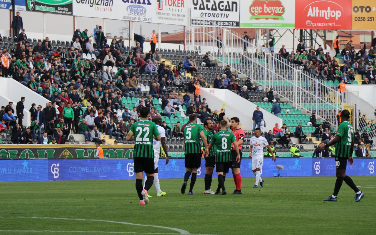 Denizlispor Çaykur Rizespor'u rahat geçti